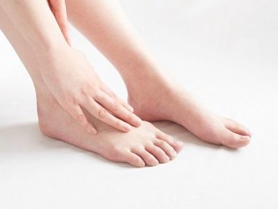 足が原因の頭痛