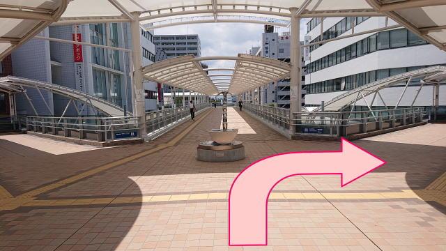 川越駅西口歩行デッキ
